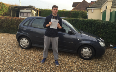 driving lessons in St.Albans Lewis Wiliams