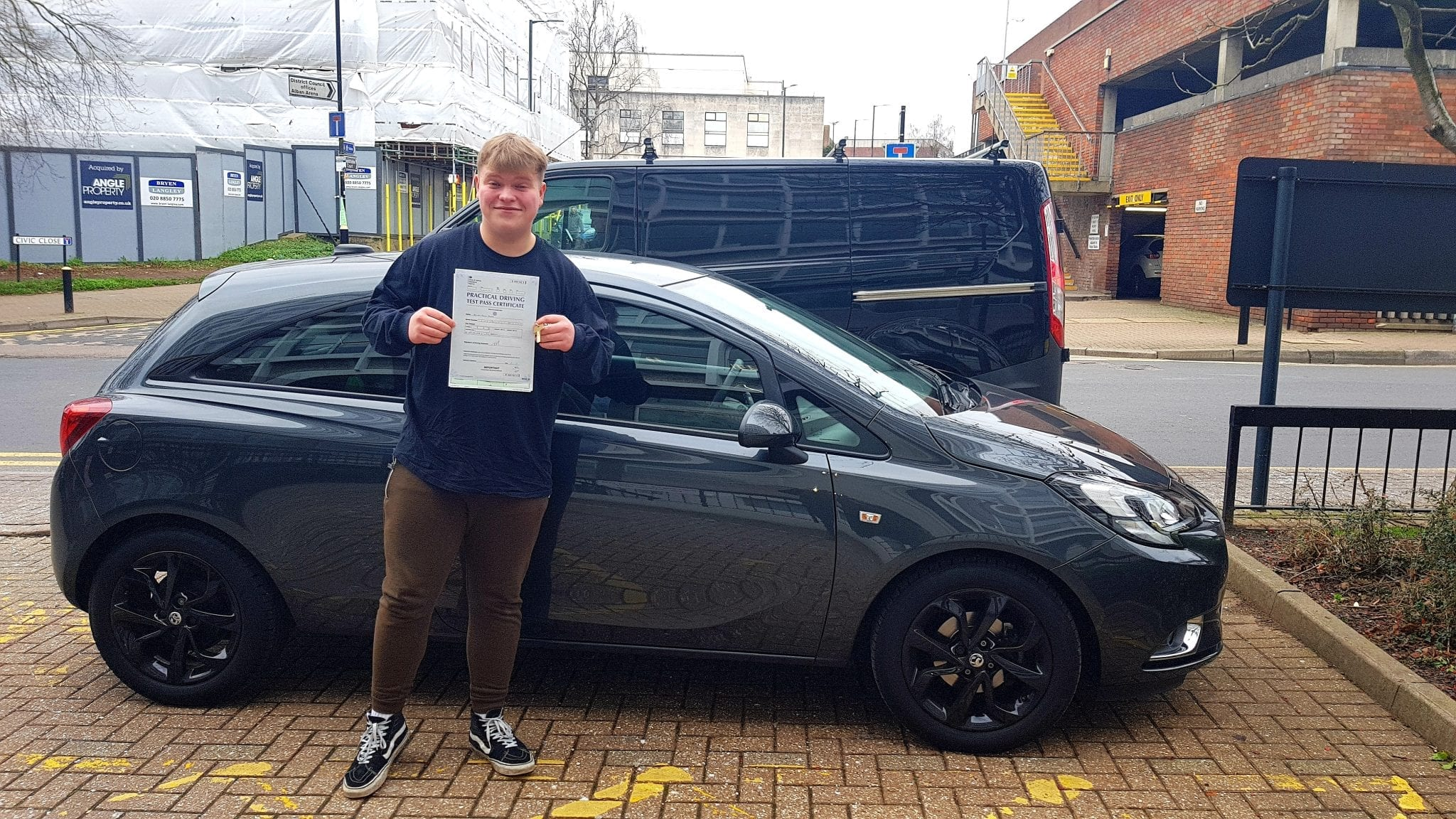 driving lessons in St Albans